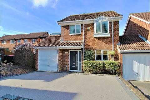 3 bedroom detached house for sale - Otford Close, Crawley, West Sussex. RH11 9RE