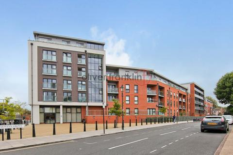 1 bedroom penthouse to rent - Mostyn Grove , Bow E3