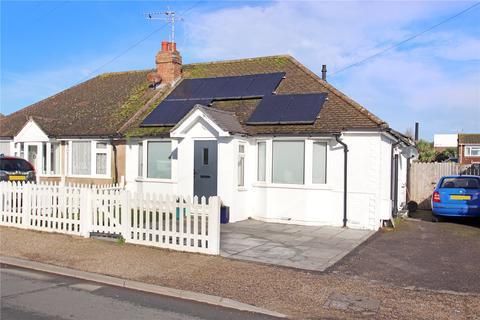 3 bedroom bungalow for sale - Courtwick Road, Littlehampton, West Sussex