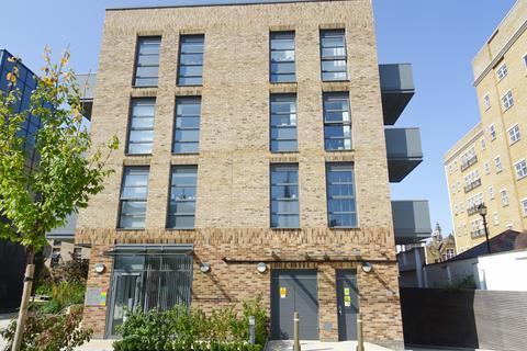 1 bedroom flat for sale - Alwen Court, 6 Pages Walk, Bermondsey, SE1