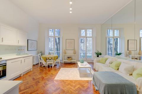 1 bedroom flat for sale - Sunderland Terrace, London