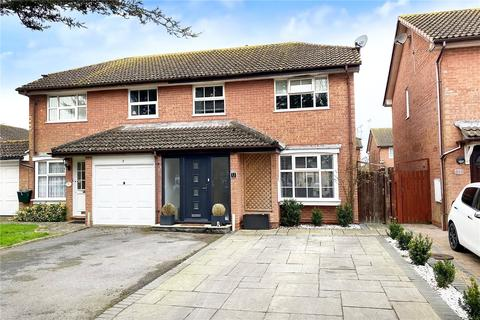 3 bedroom semi-detached house for sale - Eagles Chase, Wick, Littlehampton
