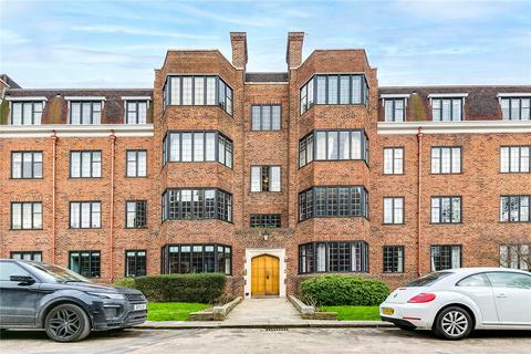3 bedroom flat to rent - Selwyn House, Manor Fields, London