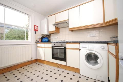 2 bedroom flat to rent - Bromley High Street, Bromley-by-bow