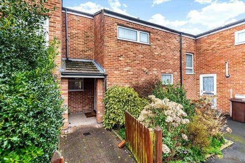 3 bedroom terraced house for sale - Cornish Close, Basingstoke