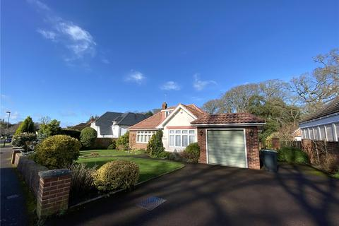 3 bedroom detached bungalow to rent - Rothesay Drive, Highcliffe, Christchurch, BH23