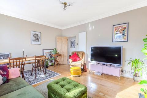 2 bedroom flat for sale - Disraeli Road, Putney