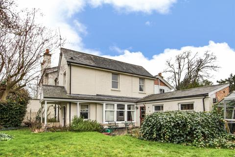 2 bedroom semi-detached house for sale - Crescent Road, Reading, RG1