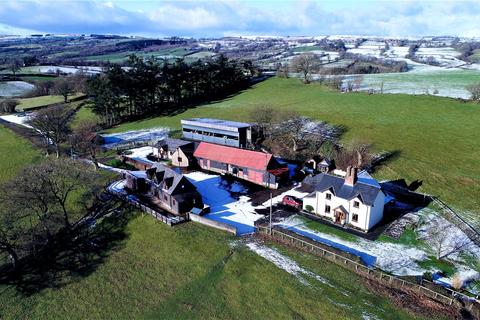 4 bedroom detached house for sale - Adfa, Newtown, Powys, SY16