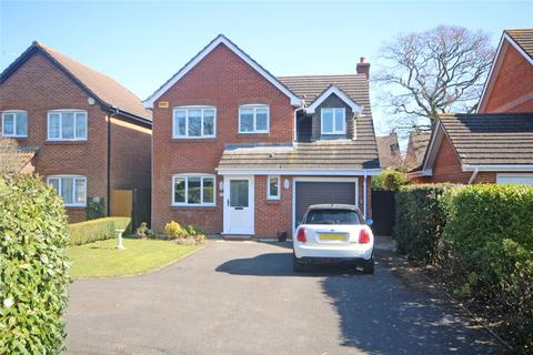 3 bedroom detached house for sale - Leigh Road, New Milton, BH25