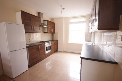 2 bedroom flat to rent - Hereford House, Rushcroft Road, Brixton, London SW2
