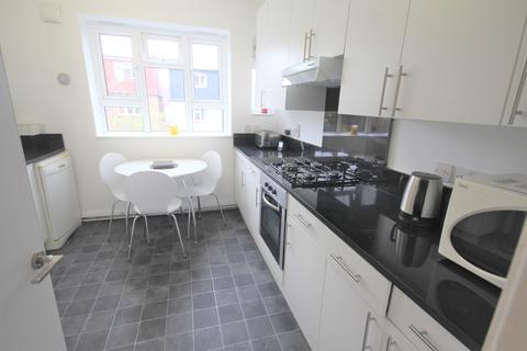 1 bedroom flat share to rent - Mackie Road , Brixton SW2