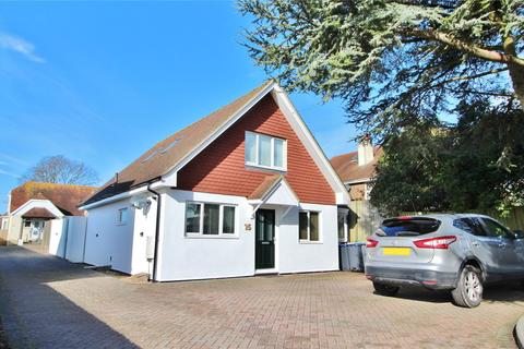 3 bedroom detached house for sale - Uplands Avenue, High Salvington, West Sussex, BN13