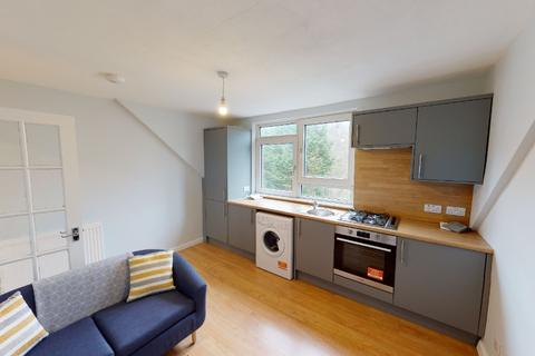 1 bedroom flat to rent - Menzies Road, Torry, Aberdeen, AB11 9AS