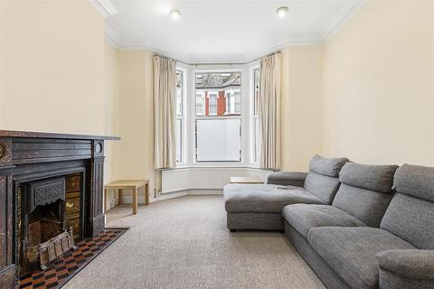 2 bedroom flat for sale - Sugden Road, SW11