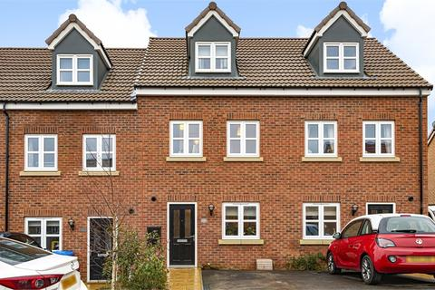 3 bedroom terraced house for sale - Armistice Park, Driffield, East Riding of Yorkshire