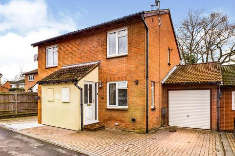 2 bedroom semi-detached house for sale - Monkswood Crescent, Tadley, RG26