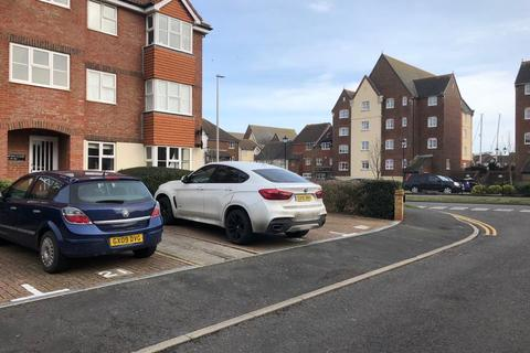 1 bedroom flat to rent - Southampton Close, Eastbourne BN23