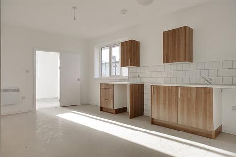 2 bedroom flat to rent - Crown Road, Enfield, EN1