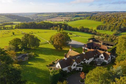 6 bedroom equestrian property for sale - Denner Hill, Great Missenden, Buckinghamshire, HP16