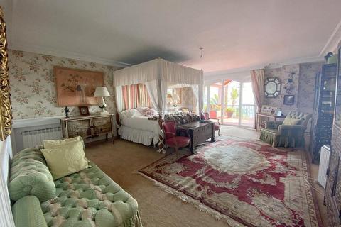 7 bedroom house - Atalaya Isdabe, Province of Malaga, Spain