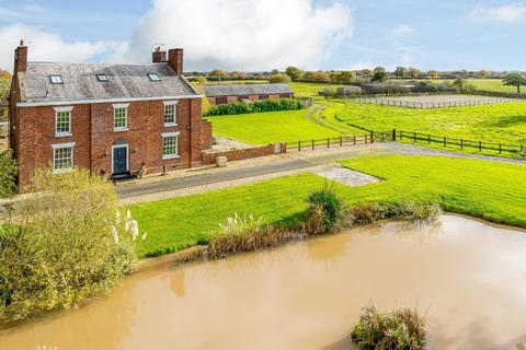 6 bedroom equestrian property for sale - Minshull Vernon, Cheshire