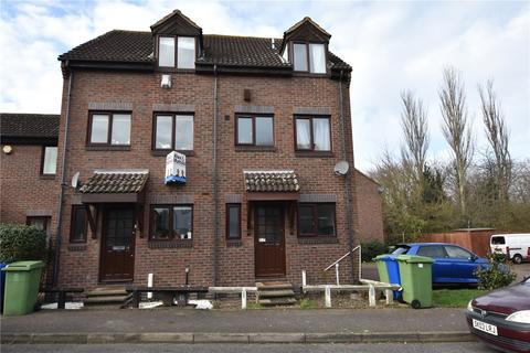 4 bedroom townhouse to rent - Somerford Way, London, SE16