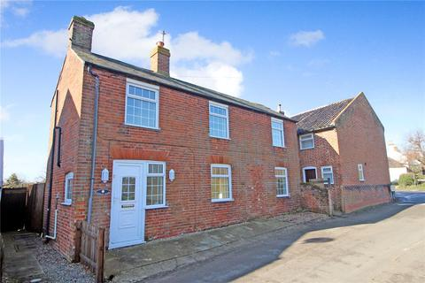3 bedroom detached house for sale - The Street, Norton Subcourse, Norwich, Norfolk, NR14
