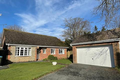 3 bedroom detached bungalow for sale - Walnut Avenue, Rustington