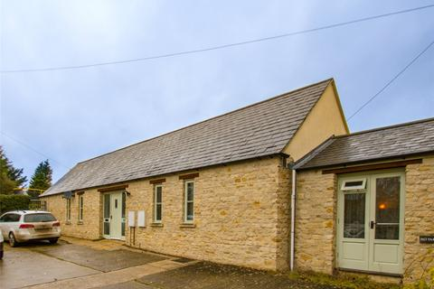 3 bedroom detached house to rent - Milton Road, Shipton-Under-Wychwood, Oxfordshire, OX7