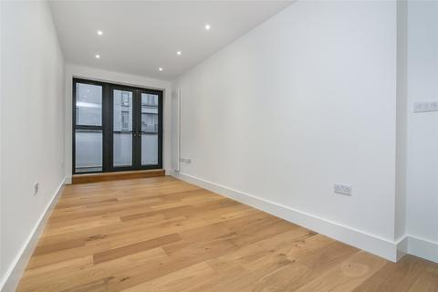 3 bedroom penthouse for sale - Umberston Street, London, E1
