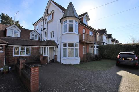 3 bedroom apartment for sale - Summersdale Road, Summersdale, Chichester