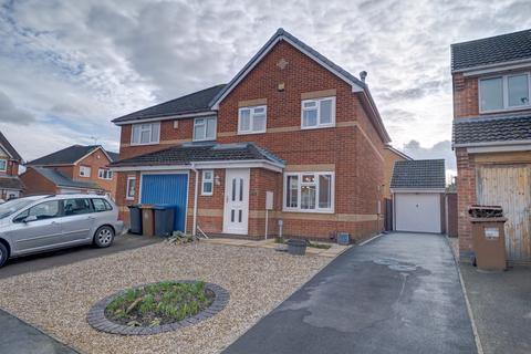3 bedroom semi-detached house for sale - Hogarth Drive, Hinckley