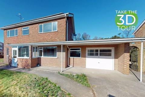 4 bedroom detached house to rent - Cambridge Road, Stamford