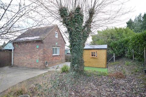 1 bedroom detached house for sale - Midhurst Road, Haslemere