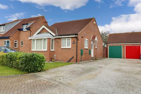2 bedroom detached bungalow to rent - The Willows, Hessle