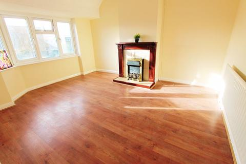 2 bedroom maisonette to rent - Pinewood Avenue, Uxbridge