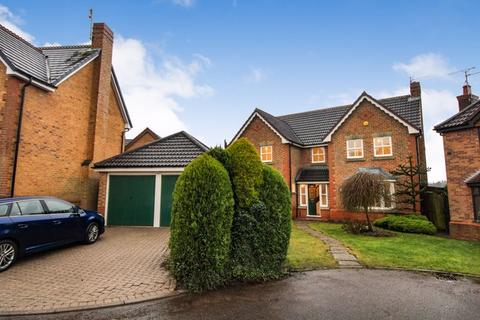 4 bedroom detached house to rent - Darleydale Close, Berry Hill, Mansfield, Notts, NG18 4TW