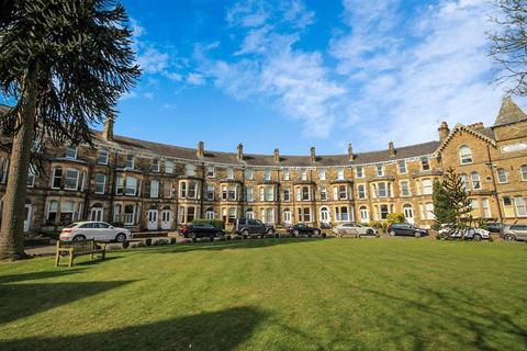 3 bedroom maisonette for sale - Royal Crescent, Harrogate, HG2 8AB