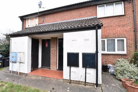 1 bedroom maisonette to rent - Leygreen Close, Luton