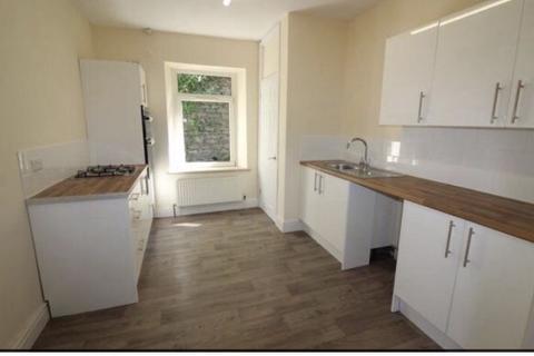Studio for sale - High Street, Llanhilleth, Abertillery