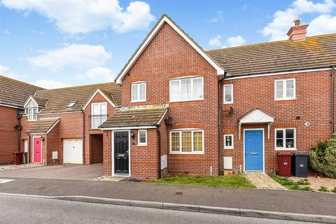 3 bedroom semi-detached house for sale - Tide Way, Bracklesham Bay, Chichester