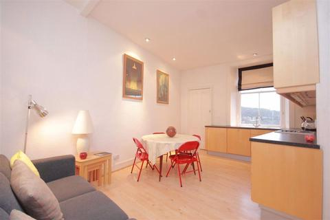 2 bedroom flat to rent - Jeffrey Street