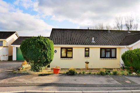 2 bedroom semi-detached bungalow for sale - Long Barrow Road, Curzon Park, Calne