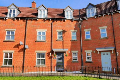 4 bedroom terraced house for sale - Grayling Close, Calne