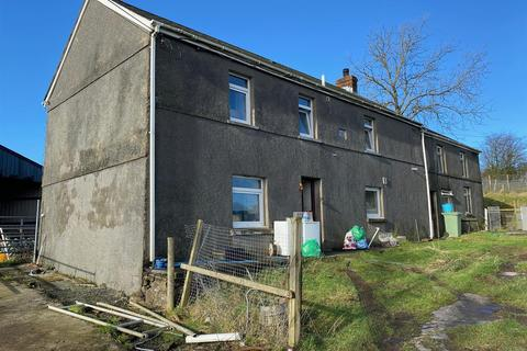 4 bedroom property with land for sale - Foelgastell, Llanelli