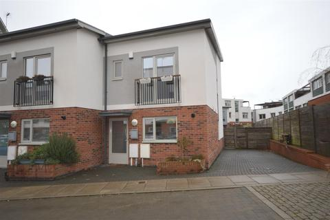 3 bedroom semi-detached house to rent - Atlas Street, The Meadows, Nottingham