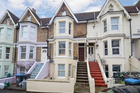 Albert Road Dover 1 Bed Flat For Sale 110 000