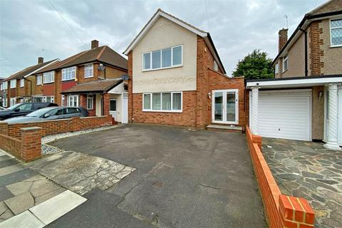 4 bedroom detached house for sale - Tendring Way, Chadwell Heath, Romford