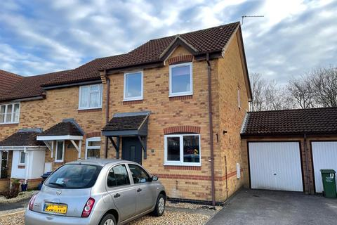 3 bedroom terraced house for sale - Cheltenham Drive, Chippenham